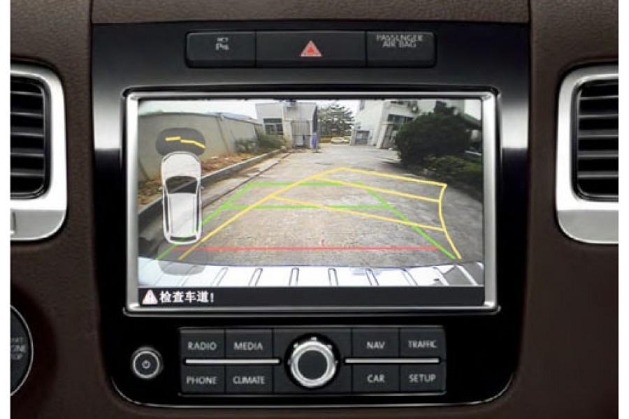 Volkswagen Touareg 2011-2017 backup Camera System